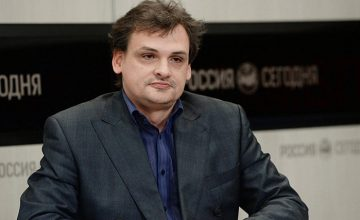 RUSEN uzmanlarından Dr. Yevgeniy Bakhrevsky, D. S. Likhachev Kültürel ve Doğal Miras Enstitüsü Müdürü olarak atandı.