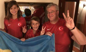 Ukrayna'nın Ankara Büyükelçisi Andrey Sybiha, Türkiye'yi tebrik etti.