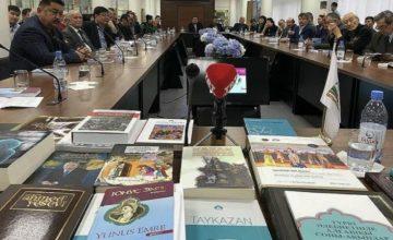 RUSEN[HABER] :Yunus Emre'nin 100 şiiri Kazakçaya kazandırıldı