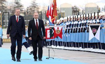 """RUSEN[HABER]:Rusya Devlet Başkanı Putin, """"MERHABA ASKER!"""""""