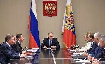 RUSEN[HABER]: Rusya Devlet Başkanı Vladimir Putin, Güvenlik Konseyi başkan yardımcılarını atadı
