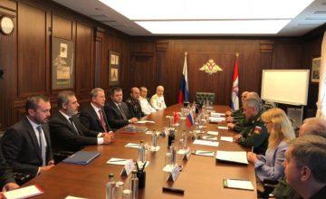 RUSEN[HABER]: Milli Savunma Bakanı Hulusi Akar Rus mevkidaşı  Sergey Şoygu ile  Suriye ve ikili işbirliğini görüştü