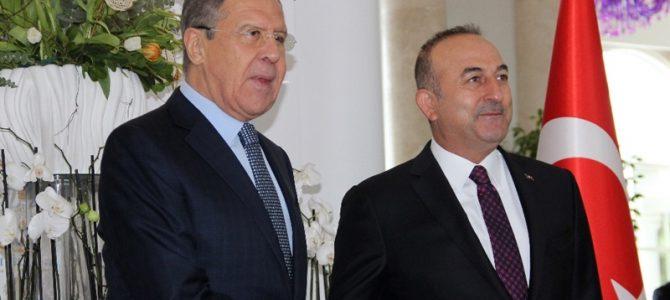 RUSEN[HABER]: Dışişleri Bakanı Mevlüt Çavuşoğlu, Rus mevkidaşı Sergey Lavrov ile görüştü