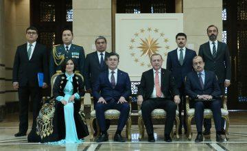"""Kazakistan'ın Ankara Büyükelçisi Abzal Saparbekuly, """"Kazakistan geleceğine hiç olmadığı kadar büyük umutla bakıyor"""